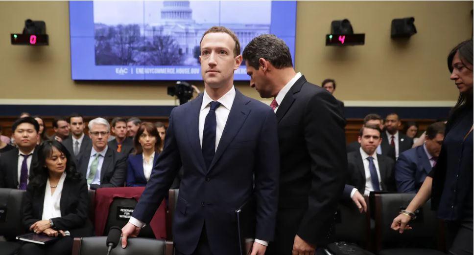Des sénateurs américains convoquent les patrons de Facebook, Google et Twitter