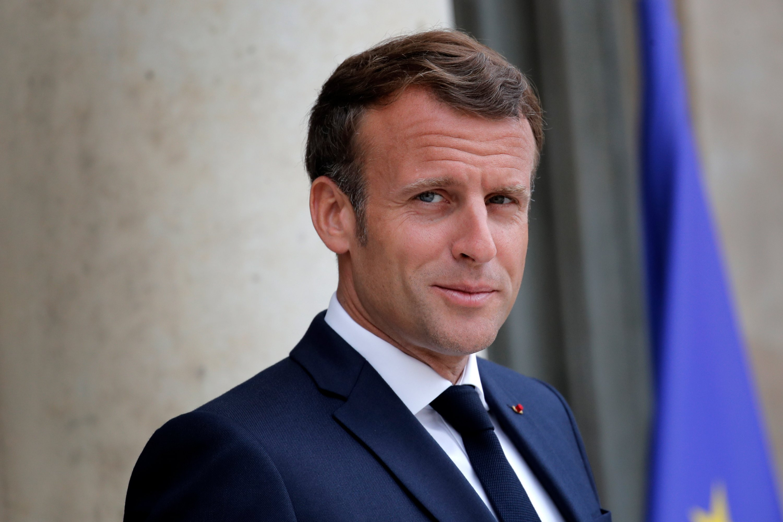 Faux, Emmanuel Macron n'a donné aucun ultimatum aux pays africains qui refuseraient de faire vacciner leurs populations